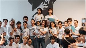 Lan Khuê cùng dàn mẫu tham gia chương trình 'Áo đổi áo'