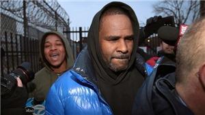 R. Kelly bị bắt vì tấn công tình dục, Seungri vướng cáo buộc làm 'tú ông'