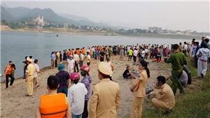 Thủ tướng yêu cầu làm rõ nguyên nhân khiến 8 cháu bé tại Hòa Bình bị đuối nước