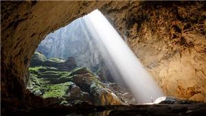 Lặn thám hiểm bí ẩn sông ngầm bên trong Sơn Đoòng