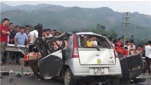 Tai nạn giao thông nghiêm trọng tại Hòa Bình khiến 3 người thương vong