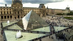 30 năm 'kim tự tháp Louvre': Từ công trình bị 'ném đá' tới biểu tượng của Paris