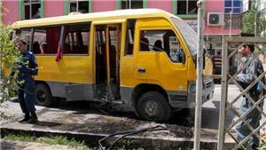 Đánh bom xe chở sinh viên tại Afghanistan