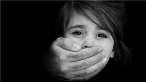 Cảnh sát Italy bắt giữ 18 người với cáo buộc 'tẩy não' và buôn bán trẻ em
