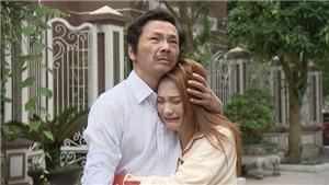Phim Về nhà đi con: Tình cha con chạm đến trái tim, khiến triệu người thổn thức