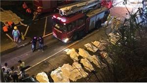 Va chạm xe buýt tại Hong Kong - Trung Quốc: 77 người bị thương