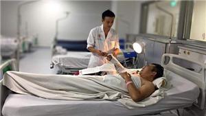 'Hồi sinh' cánh tay đứt lìa cho nam bệnh nhân bị tai nạn lao động