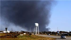 Nổ nhà máy hóa chất tại Mỹ: Hàng chục nghìn người dân sơ tán