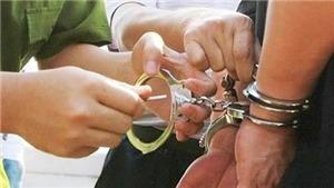 Hà Nội: Khởi tố nhóm đối tượng bắt giữ 5 nữ tiếp viên karaoke
