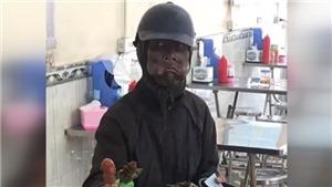 VIDEO: Công an Hà Nội xác minh vụ người hành khất mặc đồ đen