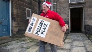 Bầu cử Anh: Cử tri bắt đầu đi bỏ phiếu
