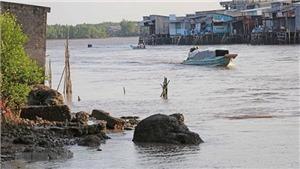 Trên 100km bờ sông, bờ biển bị sạt lở ở mức nguy hiểm