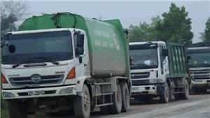Người dân Sóc Sơn lại chặn đường vào bãi rác Nam Sơn