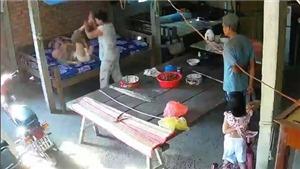 Khởi tố bị can, tạm giam vợ chồng người con bạo hành mẹ già ở Tiền Giang
