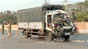 Bình Phước: Xe tải tông máy cày khiến hai người chết, một người bị thương