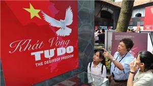 Kỷ niệm 130 năm Ngày sinh Chủ tịch Hồ Chí Minh: Trưng bày 'Khát vọng tự do' của các chiến sĩ bị địch bắt tù đầy