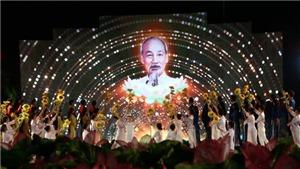 Sâu lắng chương trình cầu truyền hình 'Hồ Chí Minh, Sáng ngời ý chí Việt Nam'