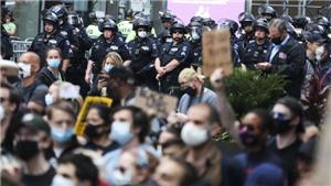 Mỹ duy trì lệnh giới nghiêm, dự kiến có 10 cuộc biểu tình tại New York