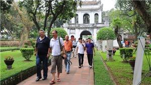 Khách quốc tế đến Việt Nam nửa đầu năm 2020 đạt mức thấp vì dịch COVID-19