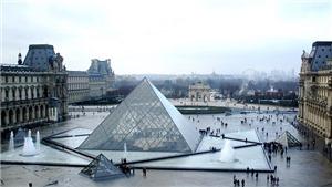 Bảo tàng Louvre đón du khách trở lại