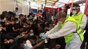 Italy tiếp nhận 180 người di cư trên tàu Ocean Viking