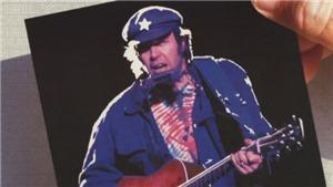 'Rockin' In The Free World' của Neil Young: Ca khúc nóng hổi của chính trường