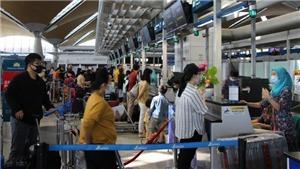 Dịch COVID-19: Đưa hơn 300 công dân Việt Nam từ Malaysia về nước