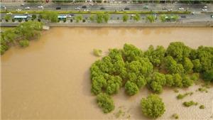 Trung Quốc tiếp tục cảnh báo mưa lớn, nguy cơ lũ lụt nghiêm trọng kéo dài