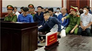 Cựu cán bộ Hải quan lãnh án 10 năm tù về tội buôn lậu