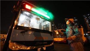 Hà Nội tiến hành khử khuẩn toàn bộ xe buýt để phòng chống dịch