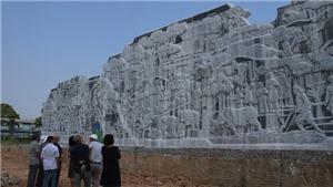 Phù điêu Đại tướng Võ Nguyên Giáp với đồng bào các dân tộc tỉnh Thái Nguyên: Công trình nghệ thuật ý nghĩa giữa Thủ đô gió ngàn