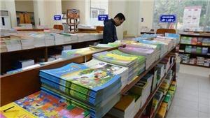 Nhà xuất bản Giáo dục Việt Nam lý giải việc hợp nhất 4 bộ SGK thành 2 bộ