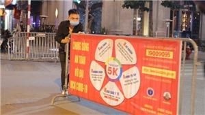 Hà Nội: Phố đi bộ Hồ Gươm mở cửa sau 5 tuần tạm dừng