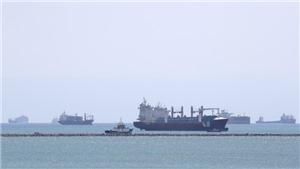 Vụ tàu mắc kẹt ở kênh đào Suez: Thiệt hại khôn lường