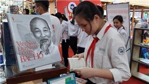 Ngày Sách Việt Nam (21/4): Phát triển văn học đề tài chiến tranh cách mạng - cần có chiến lược cụ thể