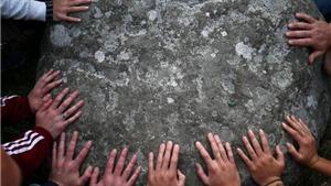 Truyện cười: Phiến đá nghìn năm