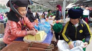 Đặc sắc chợ phiên vùng cao Hà Giang tại Thủ đô nhân dịp lễ 30/4