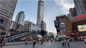 Rung lắc bất thường tại tòa tháp chọc trời ở Trung Quốc