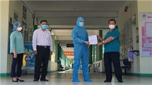 Đà Nẵng: Bệnh nhân đầu tiên mắc Covid-19 trong đợt dịch tháng 5/2021 xuất viện