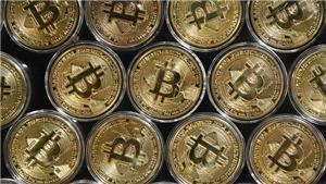 Bitcoin mất gần 50% giá trị so với mức cao nhất từng ghi nhận