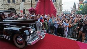 Rao bán xe Limousine hiếm thời Liên Xô với giá cao kỷ lục