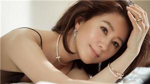 Sao 'Thế giới hôn nhân' Kim Hee Ae xuất hiện trẻ trung trong bộ ảnh mới