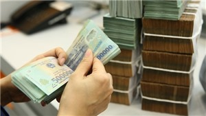 TP HCM thu ngân sách 5 tháng tăng 22,8%