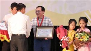 Nhà văn Nguyễn Nhật Ánh: 'Đốt lên một que diêm để xua tan sự thờ ơ'