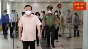 Bí thư Thành ủy Hà Nội Đinh Tiến Dũng: Thành phố đang cố gắng làm tất cả để bảo vệ sức khỏe người dân