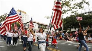 Người dân Mỹ diễu hành kỷ niệm Ngày Lễ Độc Lập