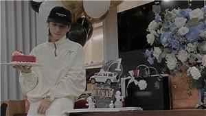 Tiệc sinh nhật tuổi 27 giản dị của Sơn Tùng M-TP