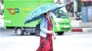 Trung Bộ nắng nóng kéo dài, Bắc Bộ mưa dông
