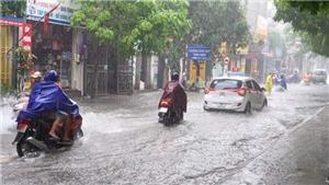 Cả nước có nơi mưa đến rất to, đề phòng lốc sét và gió giật mạnh