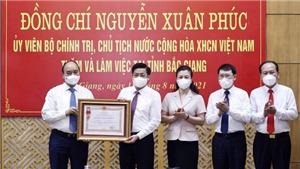 Tỉnh Bắc Giang nhận Huân chương Lao động vì thành tích phòng, chống dịch Covid-19